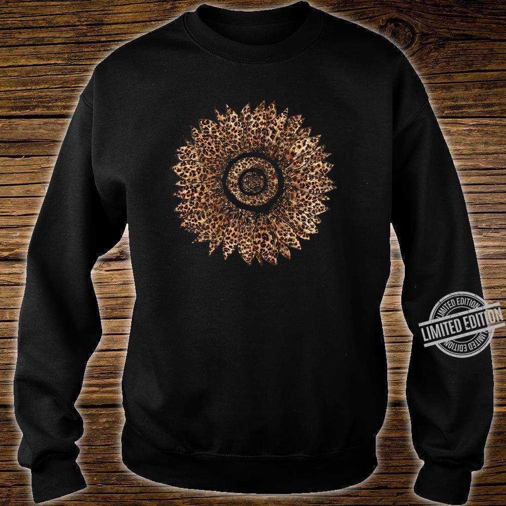 Womens Cool Sunflower Leopard Print Cheetah Mother's Day Shirt sweater